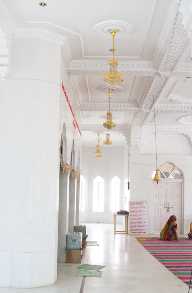 Photo Diaries  A temple in White and Gold, in Rajasthan, India. www.surelysimple.com