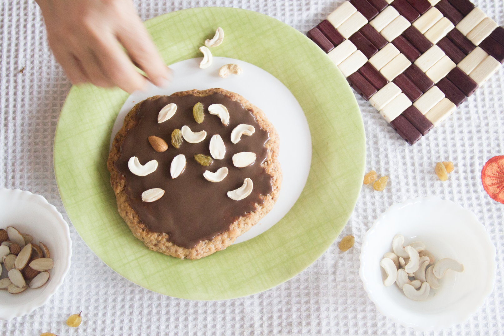 An Ice Cream Cookie Pizza + Sandwich Party!