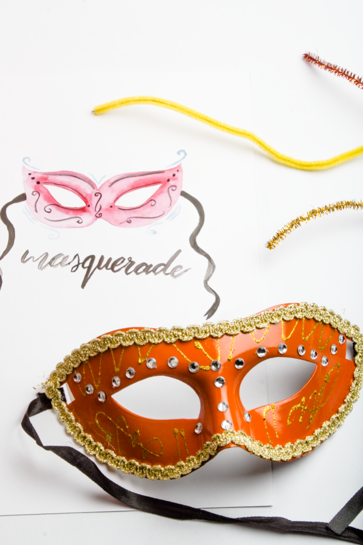 A last minute halloween DIY: crystal Masquereade Mask