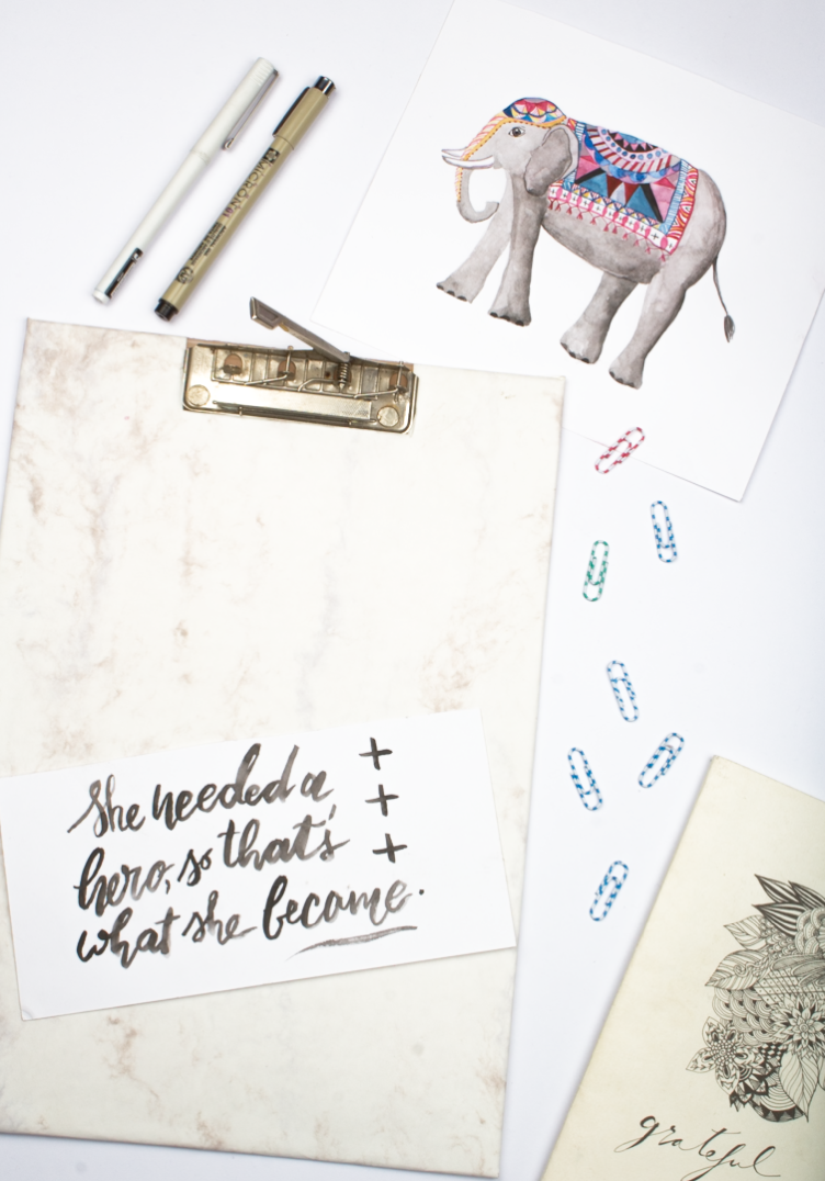 Restyle it! DIY Marble Clipboard - click through for tutorial