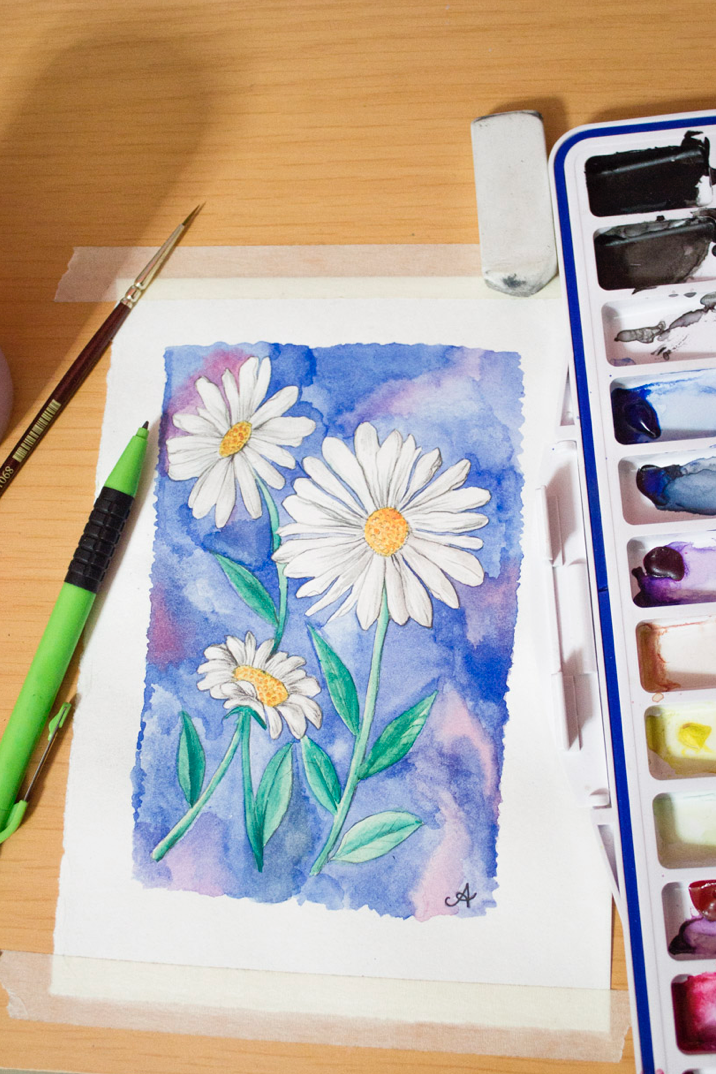 Draw + Paint a Daisy in Watercolour - photo tutorial with written steps via surelysimple.com