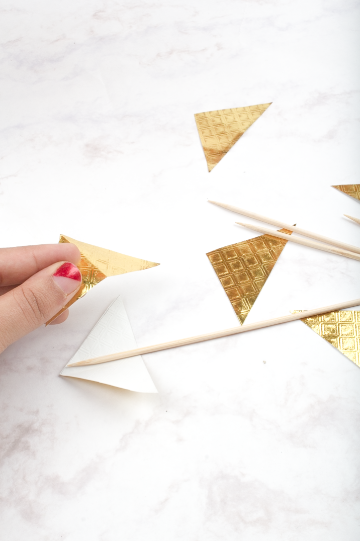 Arrow Cake Pops DIY via surelysimple.com