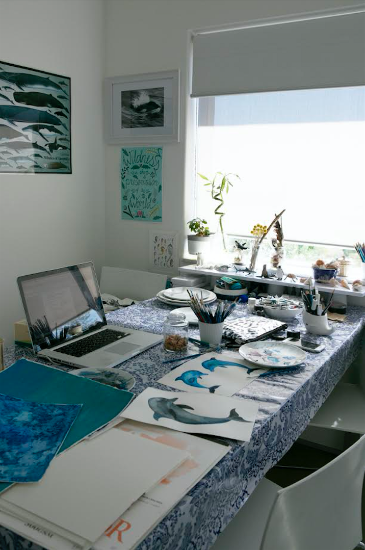 Desk / A Creative Home..with Artist Michelle Fleur in Perth, Australia // Surelysimple.com